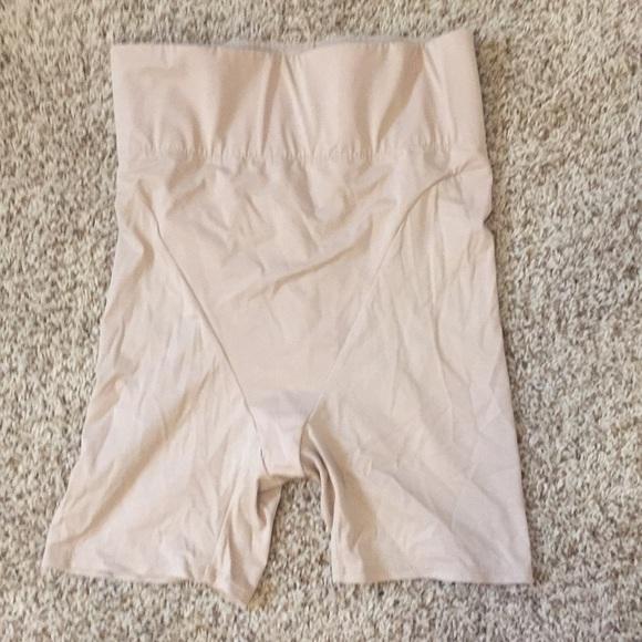 0d664fc9321b8 Hanes Other - NWOT hanes shapewear elastic waist slimming shorts